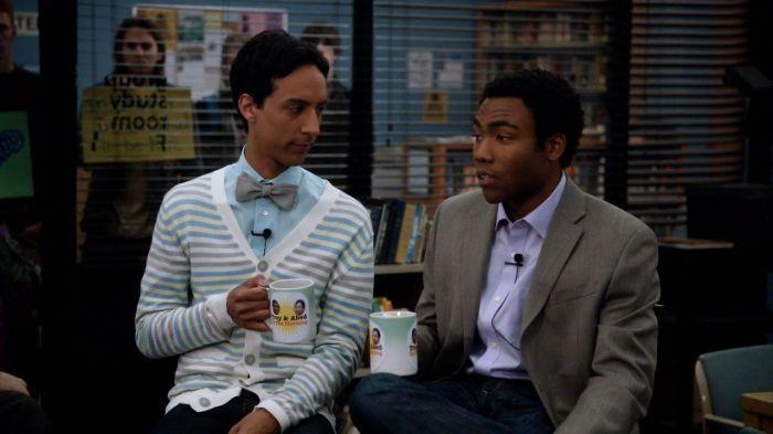 O Troy και Abed του Community στην υποθετική πρωινή τους εκπμοπή - τίποτα άλλο.